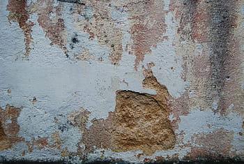 dinding rusak properti terendam banjir